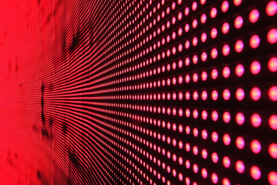 LED显示屏室内改为户外为何不可取?