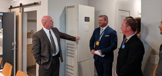 美国最大的电池储能公寓将迎客