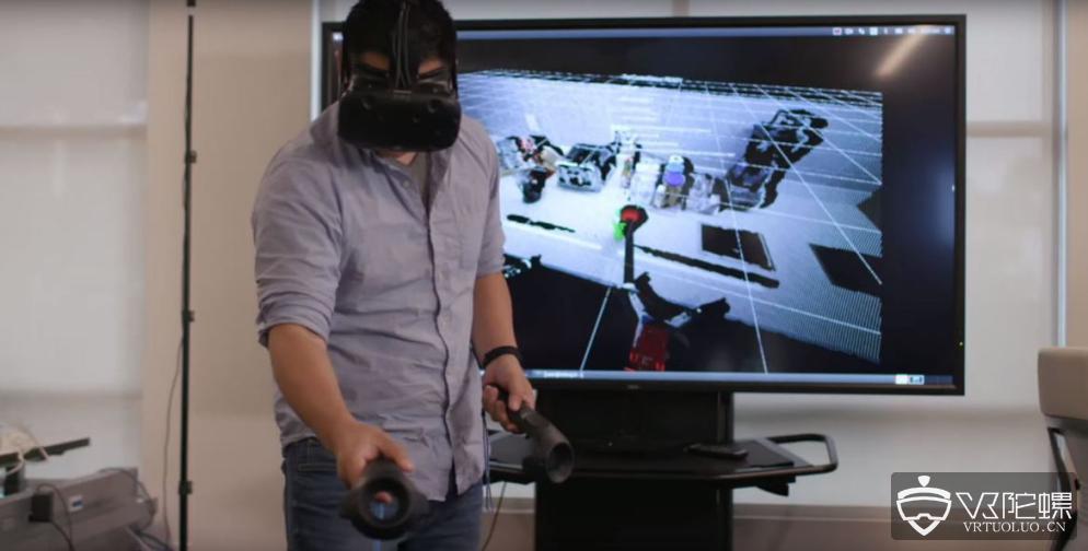 Toyota研究所运用VR技术训练家用机器人
