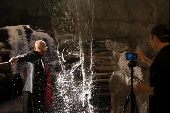 假期最美记录:华为Mate30 Pro 电影四摄带来震撼的4K超广角暗态延时摄影!