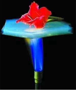 世界上最轻固体,可大幅提高锂电放电性能