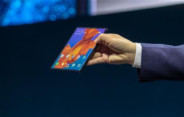 升级麒麟990 华为5G折叠屏手机Mate X终于要来了