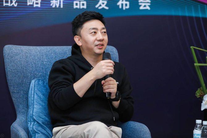 在耳机上释放AI技术的潜能 专访出门问问CEO李志飞