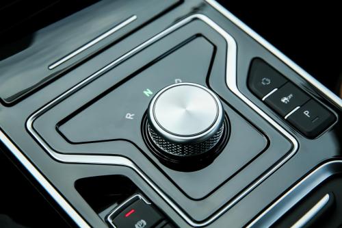 智能、舒适、绿色出行,艾瑞泽e舒享纯电全勤座驾实至名归
