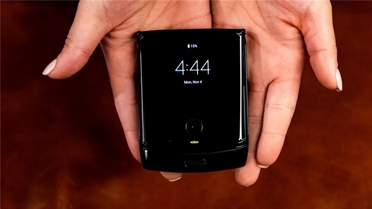 摩托罗拉RAZR可折叠手机正式发布:经典翻盖式设计,约10525元