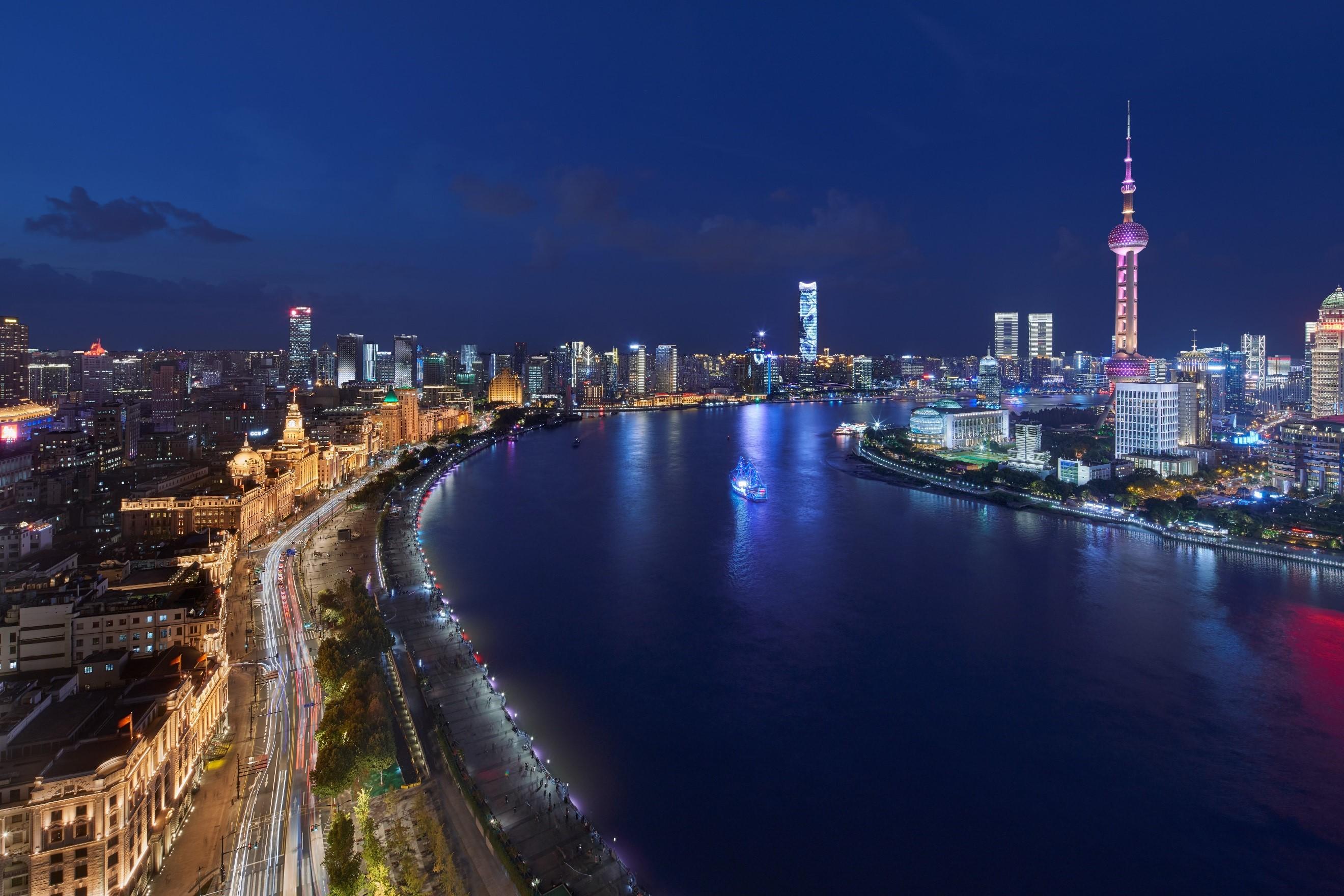 昕诺飞智能互联为上海外滩夜景增光添彩