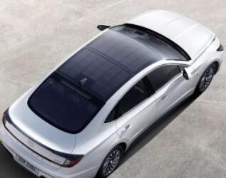 全球首款量產太陽能汽車韓國上市