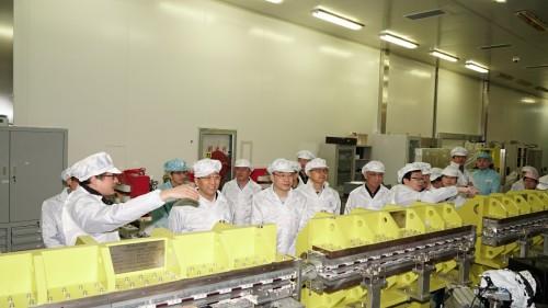 """上海光机所国家重大科研仪器项目:""""新一代超强超短激光综合实验装置""""通过测试完成验收"""