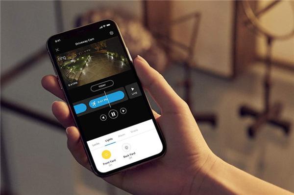 细数智能手机十年来重大改进:移动支付、无线充电等