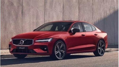 全新S60冲进年轻市场,面对品牌竞速