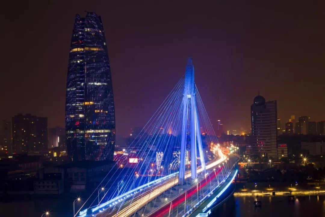 霓虹万千智慧相伴,住房智能化已成宁波城市发展特征