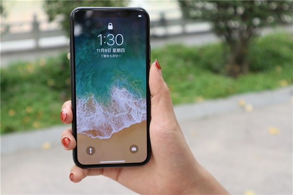 iPhone X/XS/XS Max推出LCD屏幕
