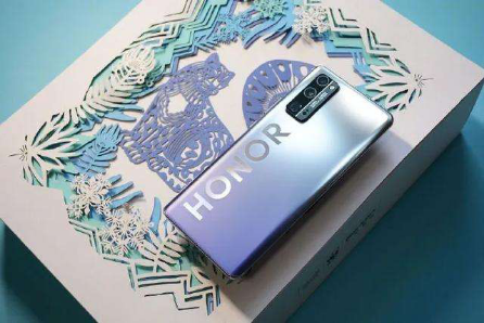 华为、荣耀手机怎么选 先得区分荣耀、华为品牌的区别