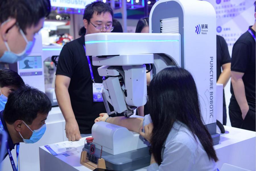 杀入采血机器人赛道,哈工智能撬动千亿智慧医疗蓝海市场