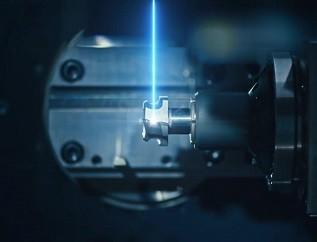 哈爾濱工業大學采購激光五軸加工機床