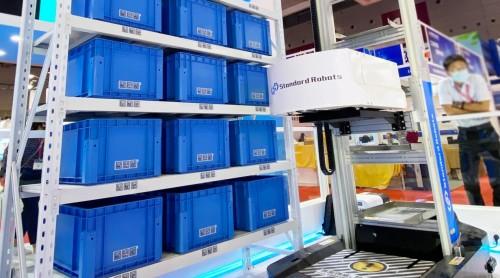 打通产线-仓储物流自动化 斯坦德机器人亮相华南国际工业博览会