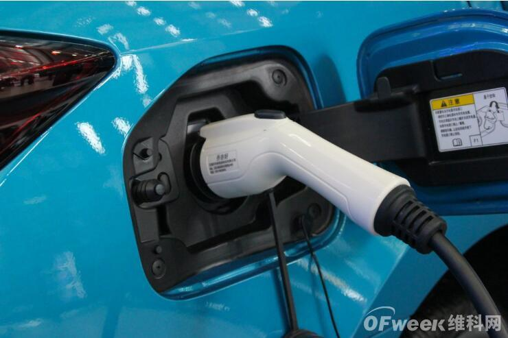 广汽回应1000公里续航质疑:石墨烯基电池超级快充技术+硅负极电池