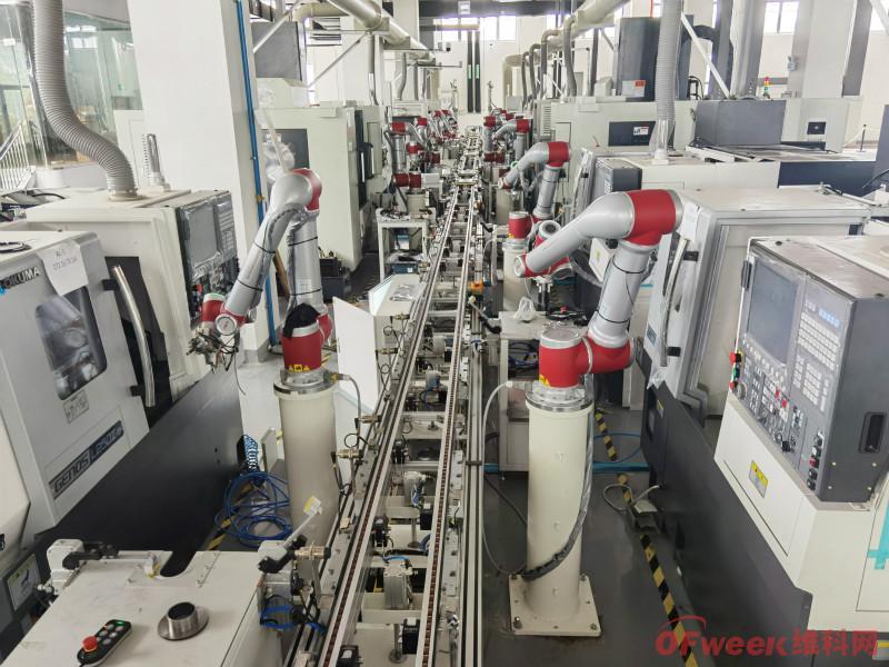 1-2月我国工业机器人累计产量4.54万台(套)