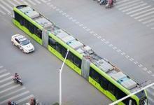 全球首列智轨列车株洲上路运行 未来可无人驾驶