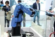 珞石科技亮相工博会,轻型高效机器人改变世界