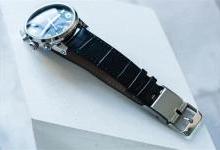 劳力士换上这款表带 秒变智能手表