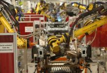成本降低,未来10年工业级机器人市场将增长200%