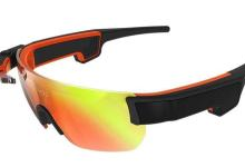 AR眼镜拉风新装备or时尚绝缘体?
