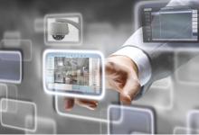 科技大片中的安防系统在家中实现