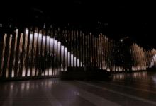 """芝加哥惊现3000平方英尺LED显示屏打造的""""活雕塑"""""""