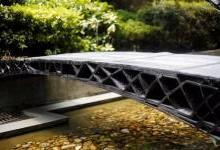 同济大学展示中国首两座3D打印人行桥