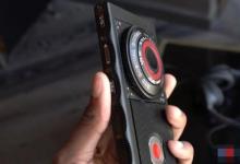 新型全息显示智能手机 你还跟得上时代的步伐吗?