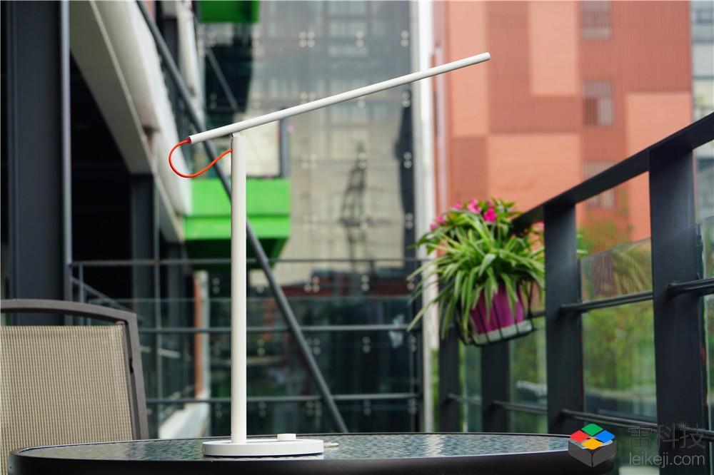 米家LED智能台灯开箱图赏:大道至简 大美无形