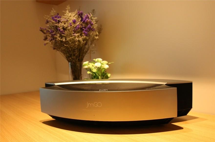 坚果S1激光电视评测:智能时代的客厅新霸主