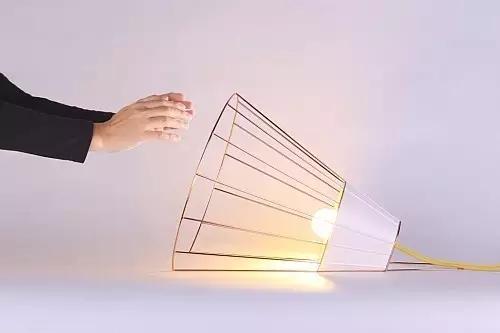 这些创意他就感到了一丝不对劲十足的LED照明灯具你见过吗