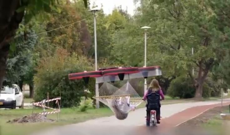 牛人自制巨型无人机,能载着人满天飞
