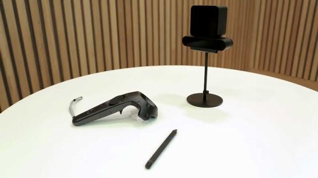 能让我们在VR世界里画画写写的触控笔