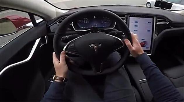 试驾特斯拉Model S P100D