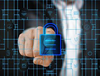 """数据安全乱象丛生 区块链技术或将成为""""救世主"""""""