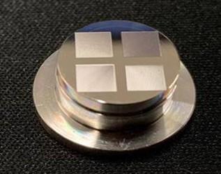 科学家研制出首台套玻璃光学器件制造加工装备