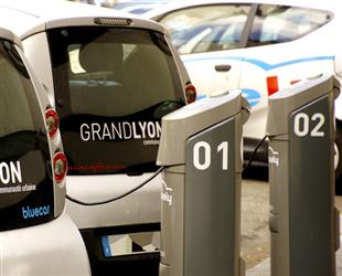 发改委提升新能源车充电保障能力