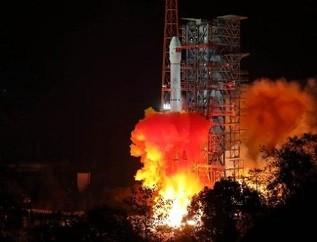 嫦娥四号升空 将验证激光测距新成果