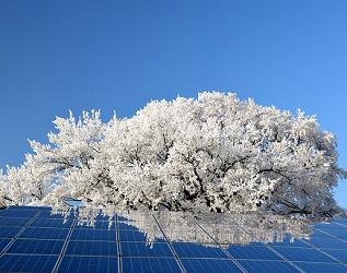 广州三晶电气欧阳家淦:户用光伏发展超出预期,高效、智能产品成为新趋势