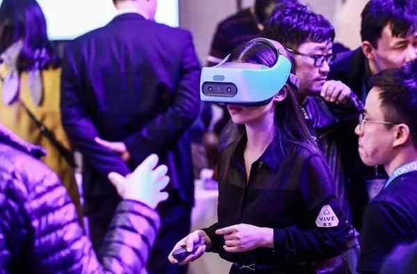 HTC如何在VR市场中找准自己的定位?