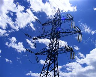 新建连盐铁路盐城地区电源线即将送电