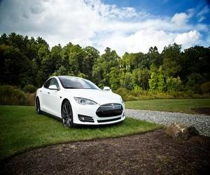 特斯拉Model 3比我想象的要好得多
