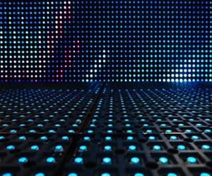 晶电蓝光产品价格承压 提高四元产品比