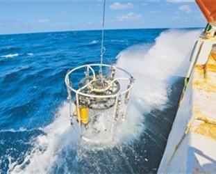4000米深海自持式剖面浮标海试成功