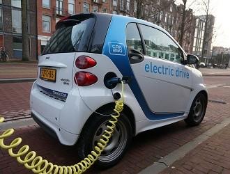 如何更加快速地为电动汽车充电