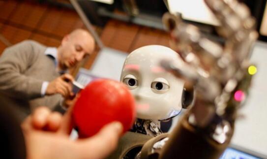 """谷歌新任AI高管:""""恐怖场景""""或将带来人工智能发展瓶颈"""