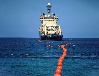 II-VI公司推出800mW泵浦激光器:降低海底网络传输成本 延长传输距离